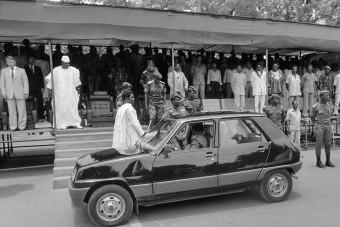 A legolcsóbb autót kapták a politikusok