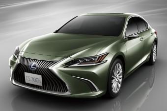 Külső tükör nélkül érkezik a Lexus ES