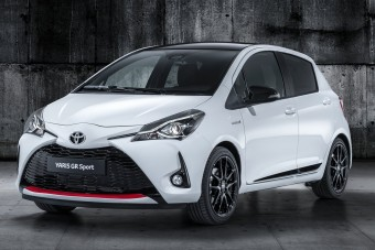 Hibrid sportautót épített a Toyota