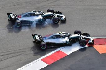 F1: Hamilton megkapta a győzelmet Bottastól