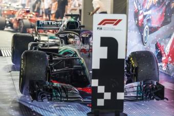F1: Hamilton hibátlan, Vettelék elszúrták