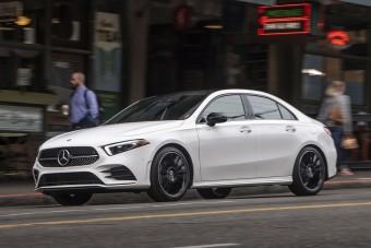 Itt a Mercedes legkisebb szedánja