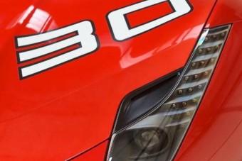 Gazdáját keresi egy igazán egyedi Ferrari