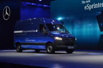 Elárulta a Mercedes-Benz, hol jelenhetnek meg az első önvezető furgonok