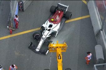 F1: Autótöréssel zárult az első edzés