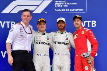 F1: Nyomott hangulat a dobogón a csapatutasítást követően
