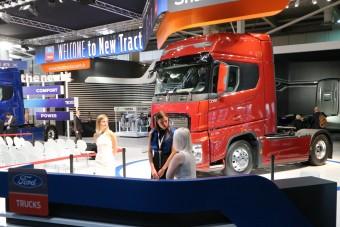 A Ford új nyergesvontatója, ami rögtön Év Vontatója is lett
