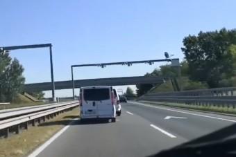 Bicskanyitogató videót rögzített egy hazai autós az M5-ös autópályán