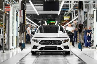 Leállították a Mercedes kecskeméti gyárépítését