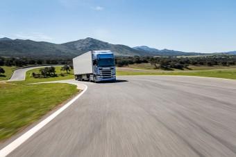 Új funkcióval segíti az üzemanyag-megtakarítást a Scania