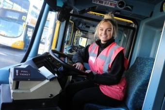 Láttatok már nála édesebb buszsofőrt? Mi még nem