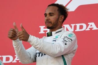 F1: Hamilton ujját félti a Mercedes-főnök