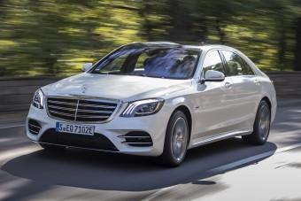 Itt a Mercedes új plug-in zászlóshajója