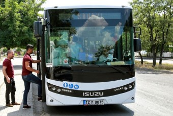 Ezért jobb az automataváltó a buszokban a manuálisnál