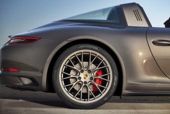 Elegánsabbá varázsolták a Porsche 911 Targát