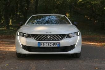 Szétrobbantja a középkategóriát a Peugeot az új 508-assal