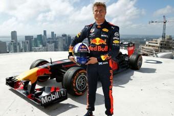 Videó: Újra felhőkarcolón pörgött a Red Bull