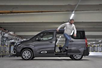 Nem veszi zokon a strapát az új Citroën Berlingo