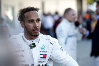 F1: Hamiltont meglepte, hogy Vettel így leeresztett