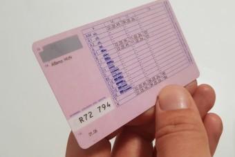 Változik a hazai jogosítvány