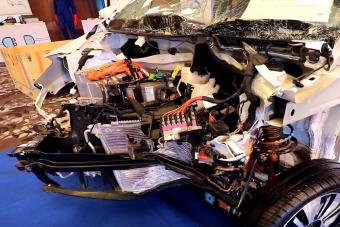 Megmutatjuk egy elektromos autó belső szerveit
