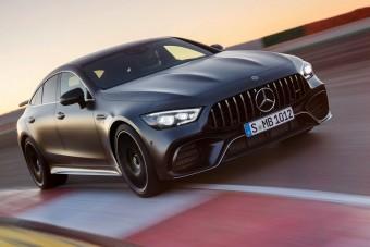 A Mercedes legsportosabb négyajtósát is megkergették a Nürburgringen