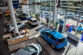 Csökkent a hazai autóeladás