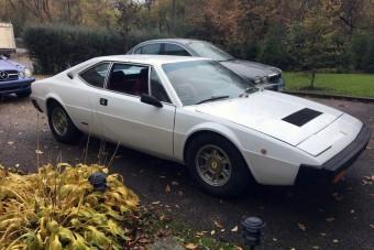 Hihetetlen motor került ebbe az öreg Ferrariba