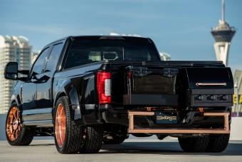 A Ford megépítette a tökéletes buliautót