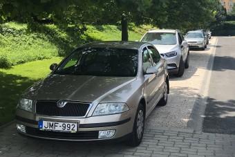 Szokatlan autós trend zajlik Magyarországon