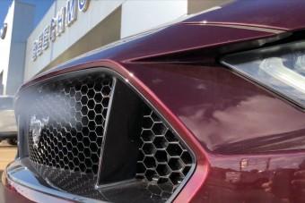 Garanciát vállal a kereskedő a 800 lóerős, tuningolt Mustangra
