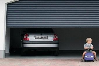 Fellendült a garázsok és gépkocsibeállók piaca