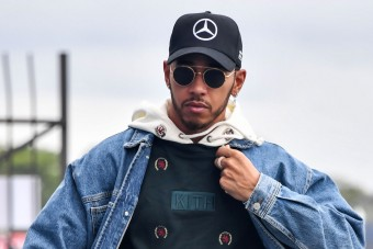 F1: Hamilton rosszat szólt, azonnal szétszedték