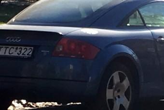 Ilyen egy autóhoz remekül passzoló magyar rendszám