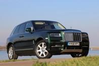 Összetörték a Rolls-Royce Cullianan tesztautót Budapesten 2