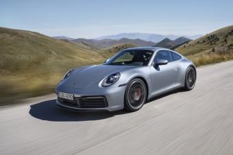 Új ruhában a legenda, megérkezett a friss 911-es Porsche