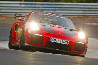 Visszahódította a Nürburgringet a Porsche 911 GT2 RS