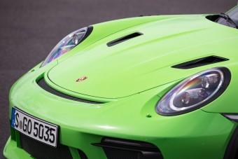 A Porsche elmagyarázza, miért van olyan sok 911