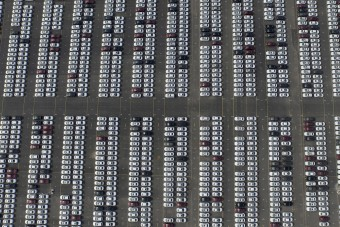 Húsz százalékot zuhant tavaly a magyar autópiac