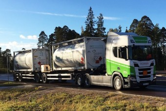 Észre se lehet venni, hogy ezt a teherautót bioetanol hajtja