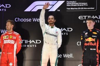 F1: Vettel gyerekcsinálást oktatna Hamiltonnak