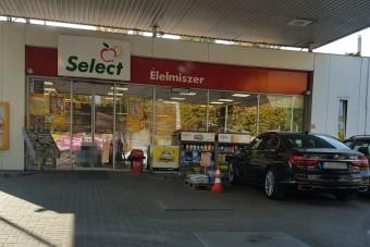 Az év fotója magyar benzinkúton készült