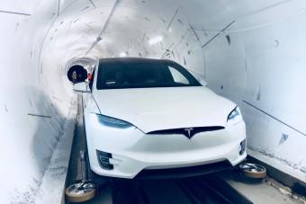 Vitézy Dávid beszólt Elon Musknak