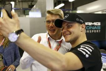 F1-legenda állt Bottas mellé