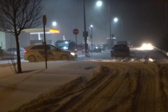 Látványos videókon a hazai hóvihar év elejéről