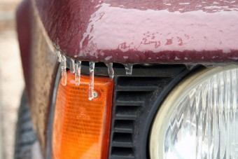 Hó és ónos eső, ez várható a napokban, óvatosan az utakon