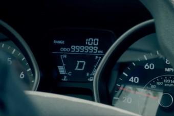 5 év alatt 1,6 millió kilométert tekertek ebbe az autóba