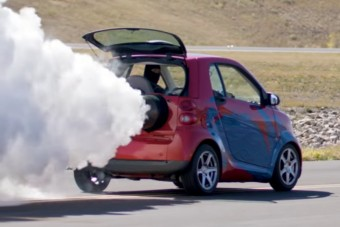 Mire képes egy 2000 lóerős Smart Fortwo?