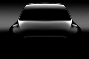 Jön a negyedik Tesla, egy kompakt SUV