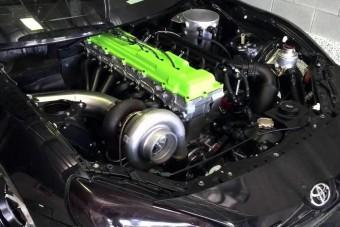 Terepjáró-motor 2000 lóerővel
